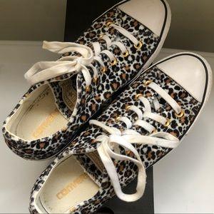 Converse Leopard Soft Material Size 10